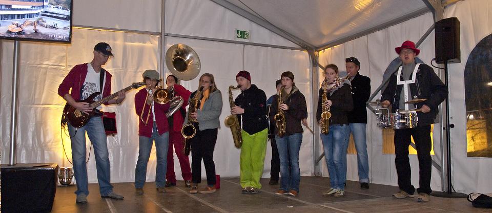 Funky Marching Band Eroeffnungsprogramm Gesundheitszentrum Fabrik Sonntag