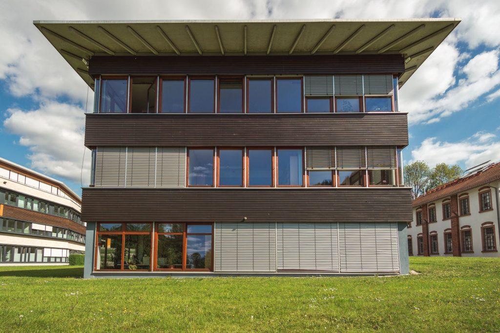 Haus 4 Waldkirch Fabrik Sonntag